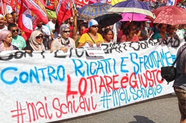 Il circolo Rive Gauche PRC-SE di Casalmaggiore (CR) a sostegno dei 271 licenziati Viadana Facchini
