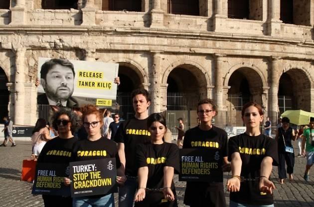 Amnesty Turchia Firma l'appello per il rilascio dei difensori Diritti Umani