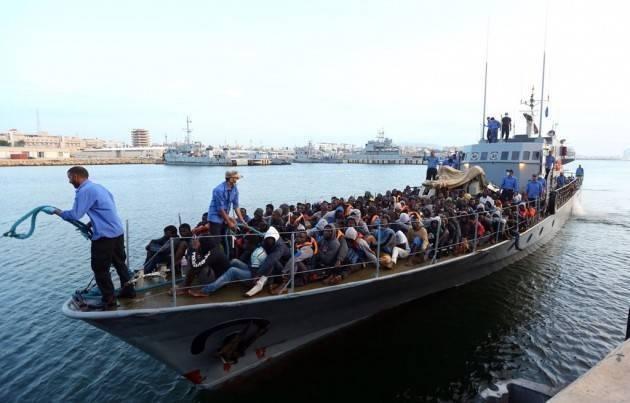Il V4 all'Italia: i migranti vanno fermati in Libia Orban pensa ad azioni militari