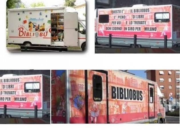 Milano Presentato il nuovo 'BIBLIOBUS'