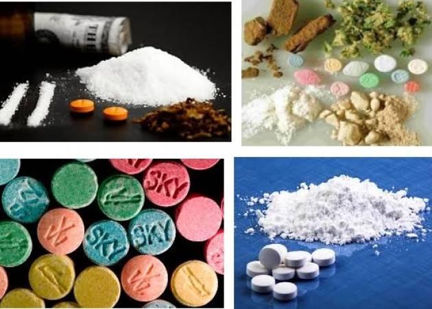 Droga di ieri e Droga di  oggi di  VINCENZO ANDRAOUS  ( PV - CDG)