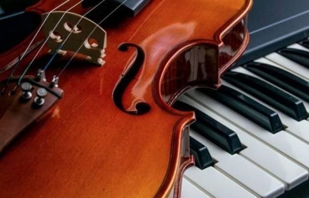 Cremona Musica ti fa suonare  con i giganti del pianoforte e del violino