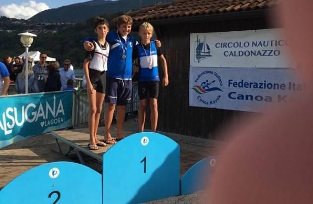 Lago di Cadonazzo (Tn) La Canottieri  Bissolati conquista 2 medaglie d'oro, 2 d'Argento e 5 di Bronzo.