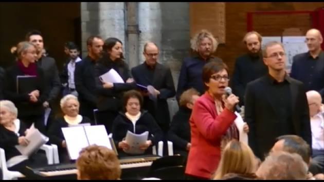 (Video) Fondazione Città di Cremona  Coro degli anziani La Musica della Vita con 'Volare' entusiasma la platea