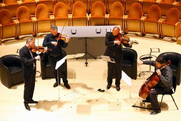 MDV Lo scorso 27 settembre Nippon Music Foundation  ha affidato quattro Stradivari al Quartetto di Cremona