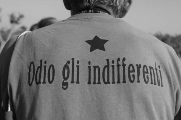 TUTT'INTORNO STANNO GLI INDIFFERENTI di  VINCENZO ANDRAOUS (Pavia)