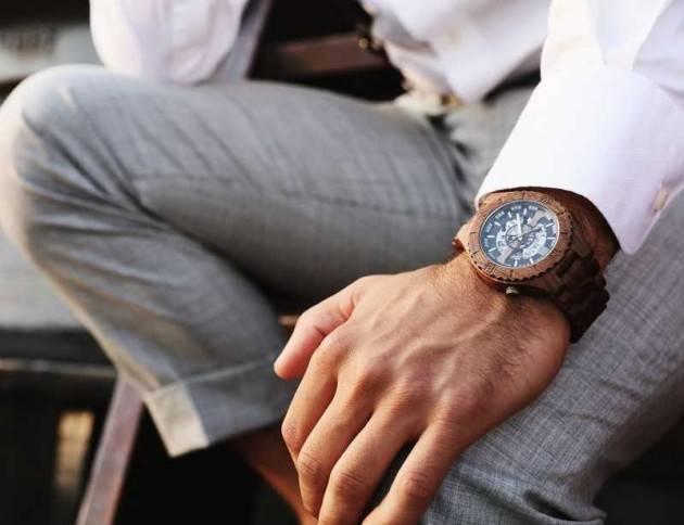Orologi in legno, la moda del momento