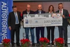 Progetto Iort all'Ospedale Papa Giovanni XXIII di Bergamo, consegnati 100mila euro
