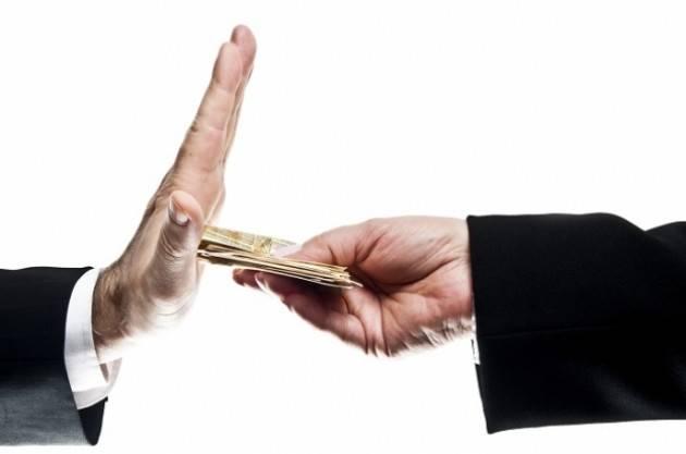 Pregi e limiti della legge contro la corruzione di Gabriele Beccari (Cremona)