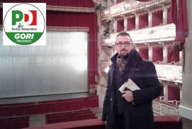 Matteo Piloni (Pd)  in visita al Teatro Ponchielli di Cremona