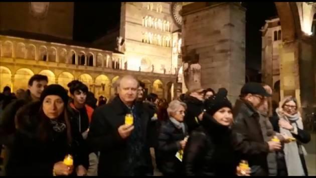 (Video) Anche Cremona  la fiaccolata 2018  per  la ' Verità  su  Giulio Regeni '