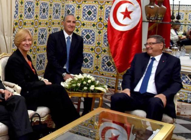 Aise Tunisia DIFESA: FIRMATO PIANO COOPERAZIONE TRA ITALIA E TUNISIA