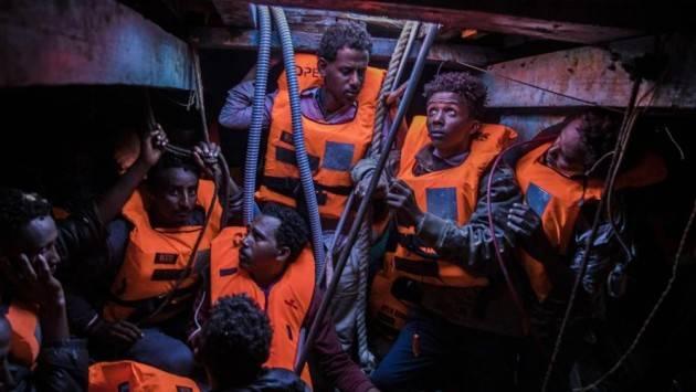 Pianeta Migranti. Tari più alta per chi accoglie i profughi. Per Acli e Anpi è 'Inammissibile'