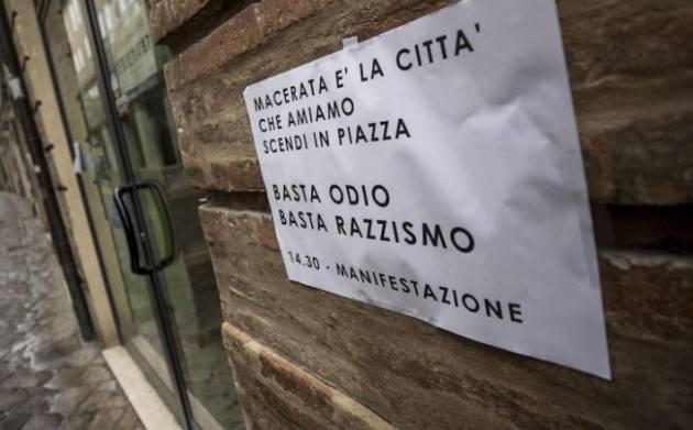 In 30mila a Macerata contro il 'fascismo e razzismo'