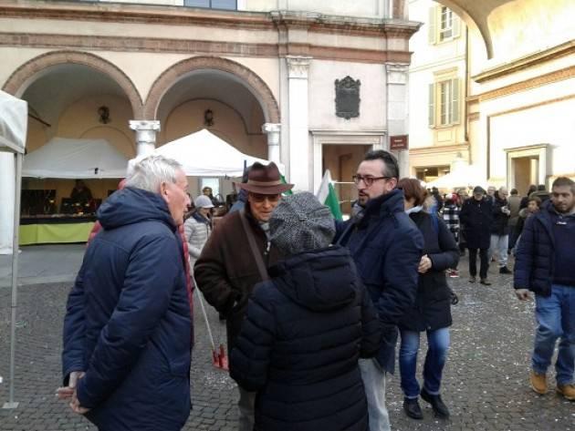Il tour di Matteo Piloni (Pd) tocca Rivolta d'Adda ,Casalbuttano, Spino d'Adda  ed i mercati di Crema