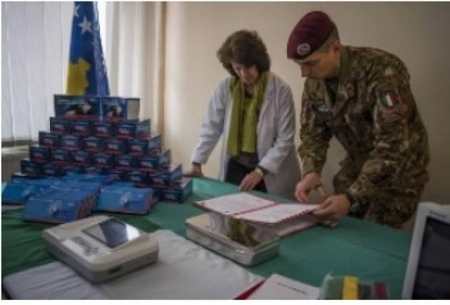 AISE KOSOVO: IL CONTINGENTE ITALIANO DONA MATERIALE SANITARIO AGLI OSPEDALI DI GJAKOVA E KLINA