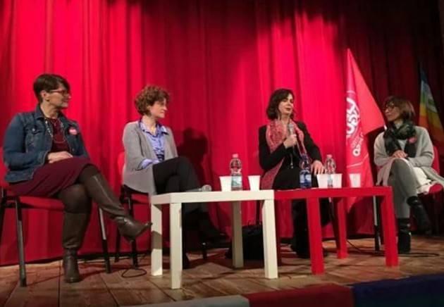Laura Boldrini (Liberi e Uguali)  a Cremona  Un teatro gremitissimo l'ha accolta con un grande applauso