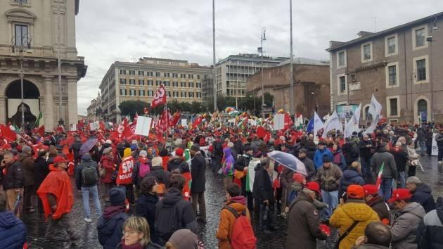 Manifestazione antifascista a Roma. Della Cgil di Cremona sono in 60