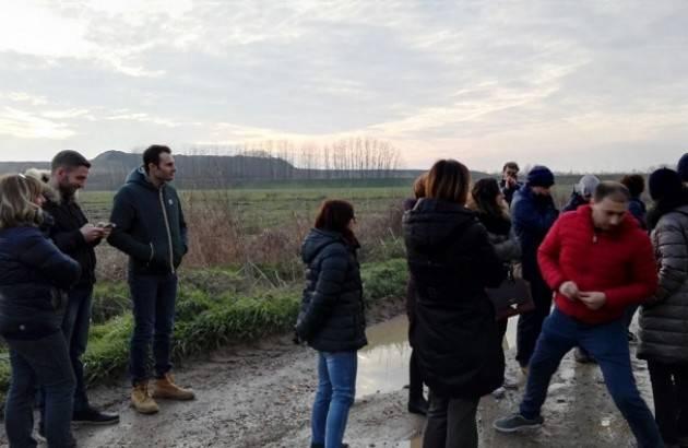 Liberi e Uguali Cremona  Bodini ed Abbate visitano i luoghi di arrivo dei camiom nuovo impianto di compostaggio Sovea
