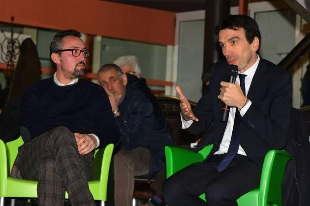 Matteo Piloni (Pd) a Crema presenta Martina che parla del suo libro 'Dalla terra all'Italia'