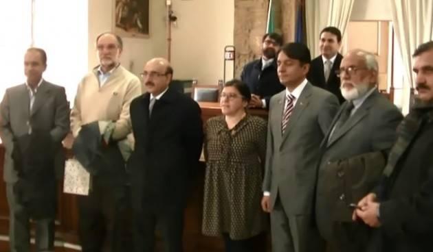 (Video) SARDAR MASOOD KHAN in visita a Cremona incontra l'Assessore Rosita Viola e Paolo Bodini (MdV)