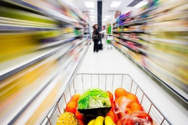 Federconsumatori: la spesa cresce più velocemente dei redditi