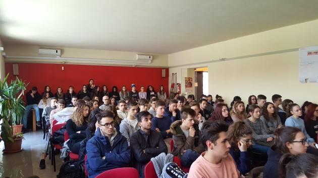 Lo Spi-Cgil ha celebrato a Crema le vittime innocenti di mafia con gli studenti del Pacioli