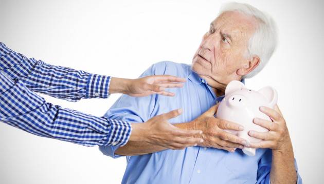 ADUC Pensioni. FMI chiede il contributivo: 46 miliardi da sottrarre ai pensionati. Vitalizi foglia di fico