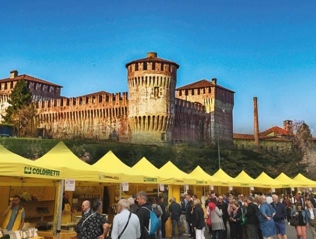 Soncino: il mercato di Campagna Amica alla Rocca Sforzesca