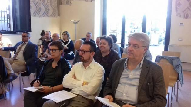 I pendolari cremonesi si confrontano con Degli Angeli,Piloni e Lena sui disservizi di Trenord
