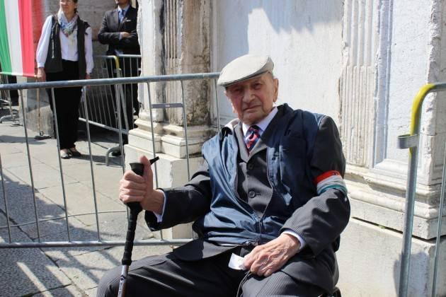 Il cordoglio dei cremonesi per la scomparsa del decano antifascista Mario Coppetti.