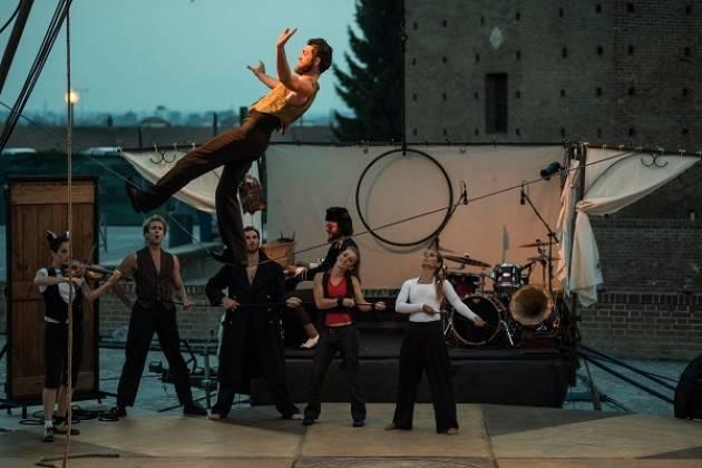 Rocca di Lonato del Garda: dal 2 al 5/6 va in scena 'Naufragata' del Circo Zoé