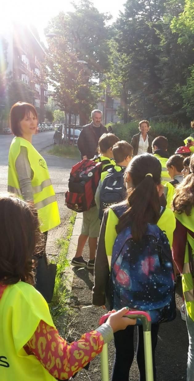 Cremona: è tornato il piedibus alla scuola primaria Bissolati