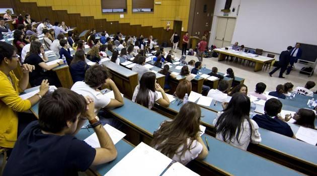Diritto allo studio Lombardia  PIZZUL (PD): 'REGIONE INVESTA PIÙ RISORSE PER GLI STUDENTI UNIVERSITARI'