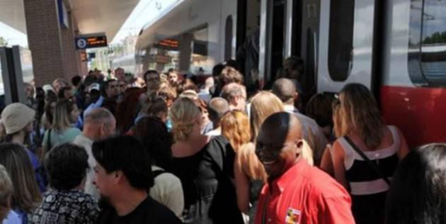 Linea Trenord Cremona-Brescia ulteriori proteste dei pendolari e richiesta ai Prefetti di Brescia e Cremona di Intervenire