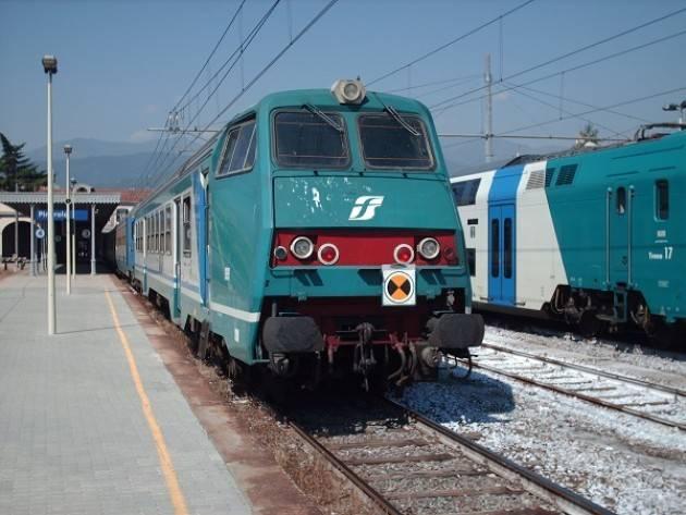 Ferrovie: paradosso Trenord, dopo Fs i treni li vuole comprare anche la Regione