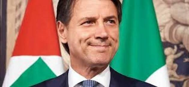 La caduta di stile del Premier Giuseppe Conte  di Gabriele Beccari  (Cremona)