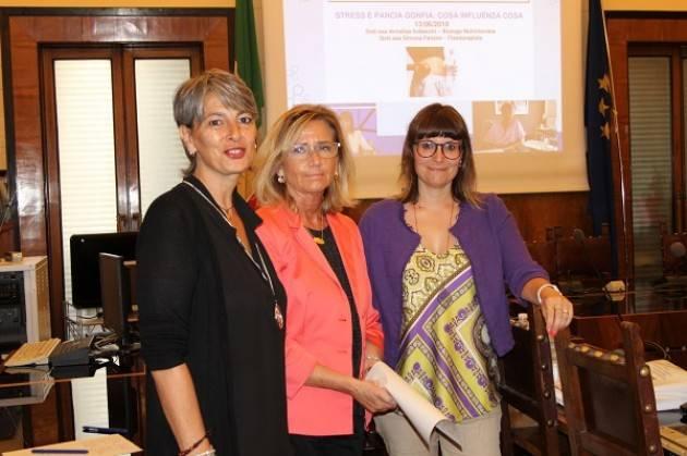 Cremona I mercoledi' della salute : nel  primo incontro è stato trattato il tema 'STRESS E PANCIA GONFIA: COSA INFLUENZA COSA'