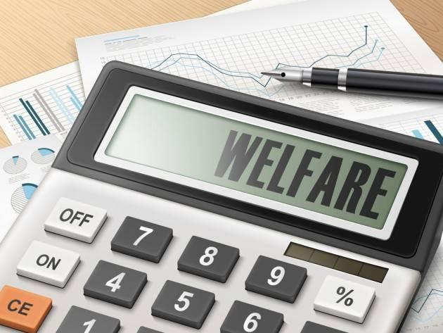 Leggi 180, 194 e 833 Il welfare fa bene all'Italia. Oggi come 40 anni fa di Stefano Cecconi e Rossana Dettori