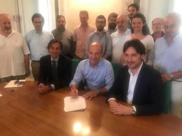 Varese FIRMATO IL PROTOCOLLO D'INTESA  DEL PROGETTO COMUNI IN CLOUD