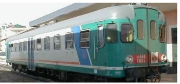 I pendolari della linea ferroviaria TreNord Cremona-Brescia  protestano ancora e chiedono ai Prefetti di intervenire subito