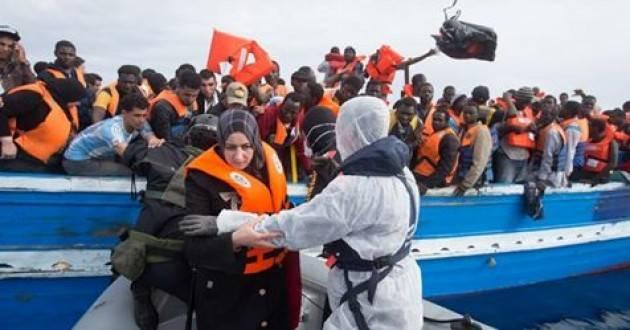 Pianeta Migranti. In mare muore una persona su 7. 'Ong tornino a fare salvataggi'
