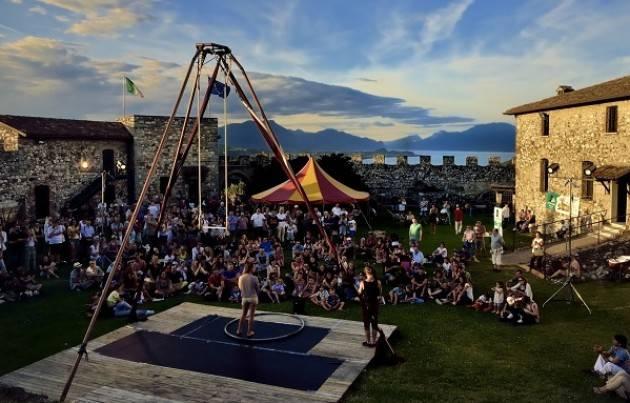 Lonato in Festival  con decine di spettacoli di artisti di strada da 2 al 5 agosto 2018