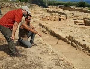 Alle origini della nostra civiltà : Il sito archeologico di  'Costa Balena' a Riva Ligure  by Christian Flammia