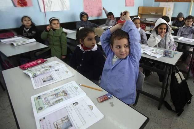 Aise UNICEF: IN PALESTINA IL 25% DEI RAGAZZI DI 15 ANNI NON VA A SCUOLA