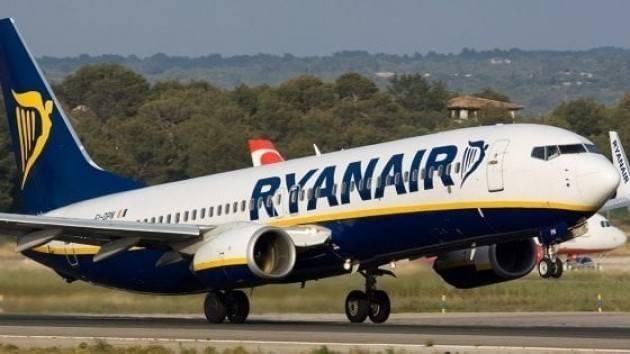 Federconsumatori Governo ed Enac  ritirino le concessioni a Ryanair