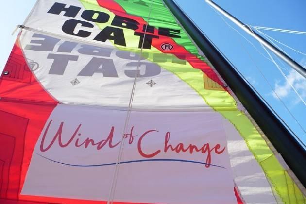 Sclerosi Multipla e sport all'aria aperta: vela, arrampicata, windsurf  e attività stimolanti fanno bene