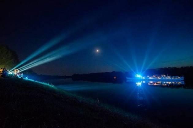 Domenica 26 Agosto - Boretto ore 18:00 La Notte Indaco in crociera sul grande fiume