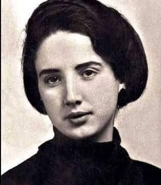 AccaddeOggi   #5agosto 1981 Viene abolito il matrimonio riparatore per merito di Franca Viola