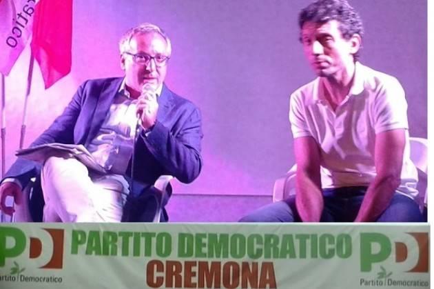 Festa Unità Cremona Galimberti risponde su stabilità dei ponti, sul NO iscrizione genitorialità  di due  mamme  lesbo per stesso bimbo  e sul No alla Strada SUD
